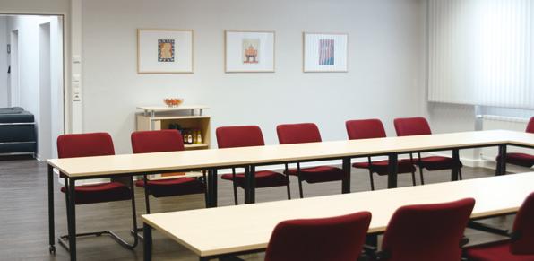 Grosser Besprechungsraum, Bestuhlung für 16 Personen